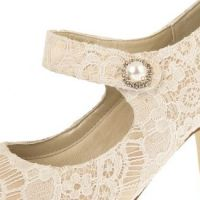 Betty_Ivory_Gold_Vintage_Satin__650_492_80